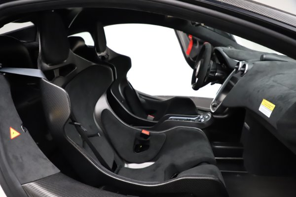 New 2020 McLaren 620R for sale Call for price at Alfa Romeo of Greenwich in Greenwich CT 06830 21