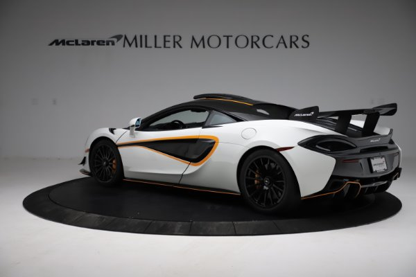 New 2020 McLaren 620R for sale Call for price at Alfa Romeo of Greenwich in Greenwich CT 06830 4