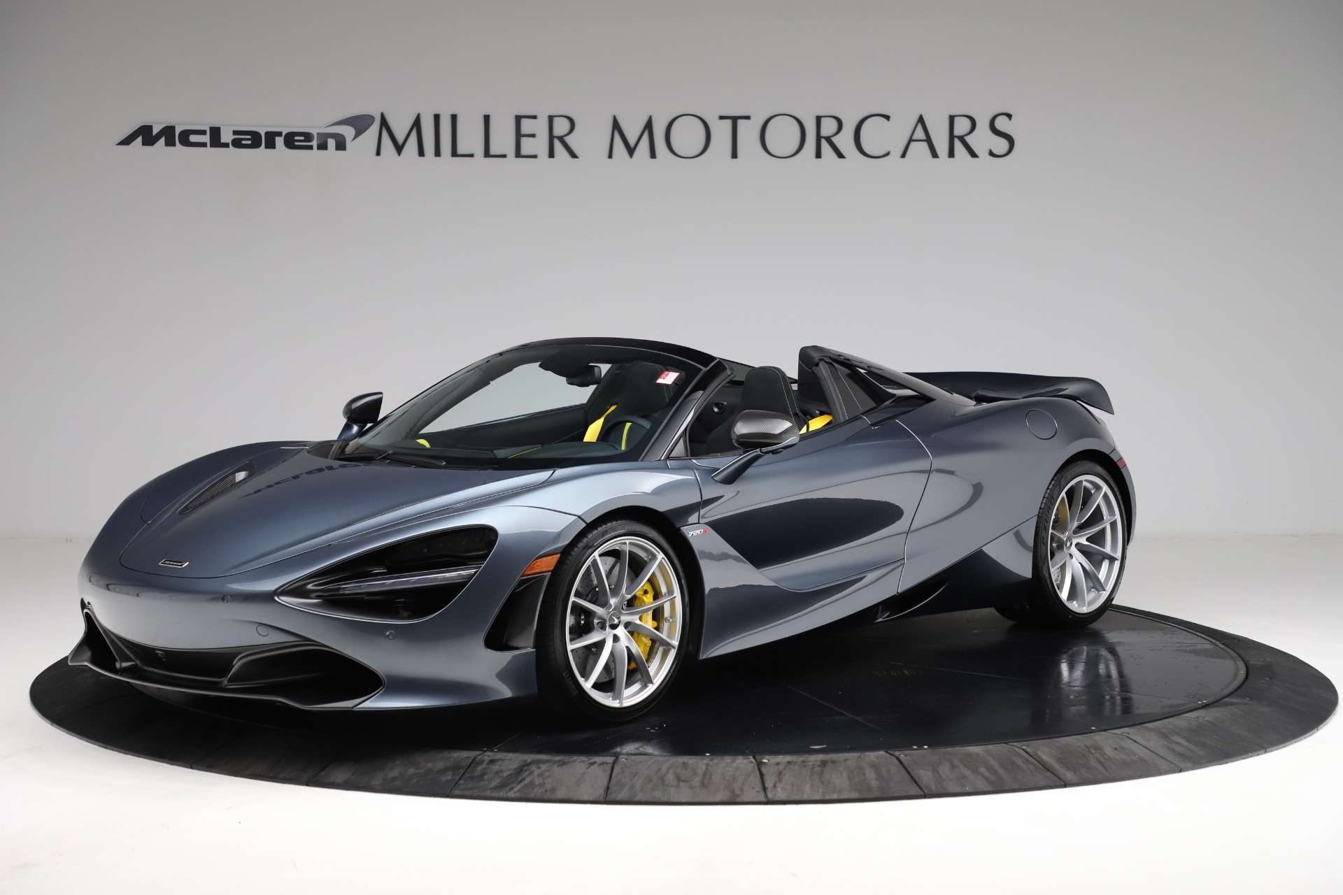 New 2021 McLaren 720S Spider for sale $351,450 at Alfa Romeo of Greenwich in Greenwich CT 06830 1
