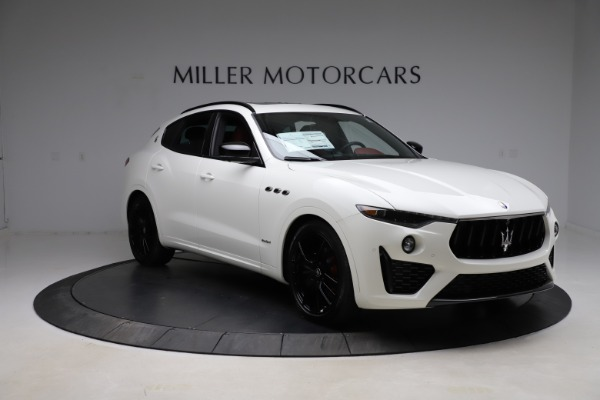 New 2021 Maserati Levante Q4 GranSport for sale $95,835 at Alfa Romeo of Greenwich in Greenwich CT 06830 15