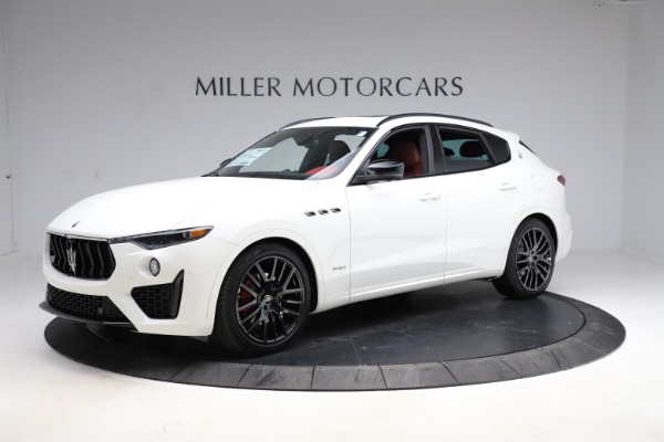 New 2021 Maserati Levante Q4 GranSport for sale $95,835 at Alfa Romeo of Greenwich in Greenwich CT 06830 6