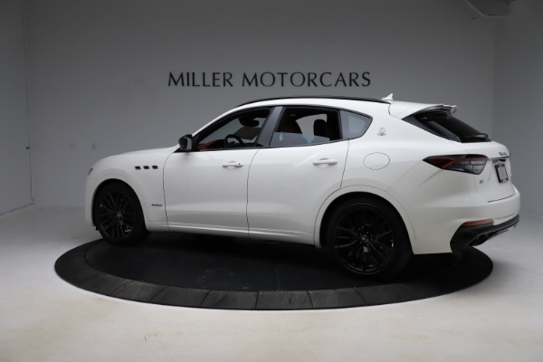 New 2021 Maserati Levante Q4 GranSport for sale $95,835 at Alfa Romeo of Greenwich in Greenwich CT 06830 8