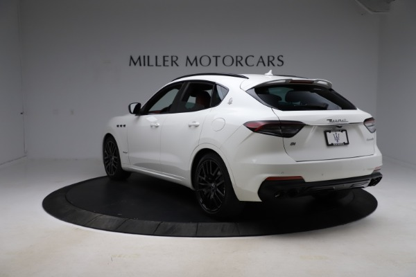 New 2021 Maserati Levante Q4 GranSport for sale $95,835 at Alfa Romeo of Greenwich in Greenwich CT 06830 9