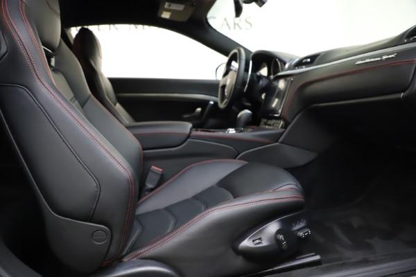 Used 2018 Maserati GranTurismo Sport for sale $99,900 at Alfa Romeo of Greenwich in Greenwich CT 06830 19