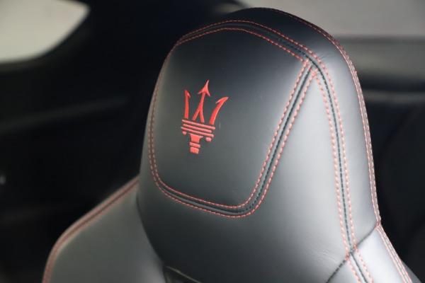 Used 2018 Maserati GranTurismo Sport for sale $99,900 at Alfa Romeo of Greenwich in Greenwich CT 06830 28
