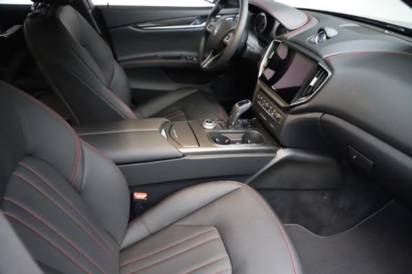 New 2021 Maserati Ghibli S Q4 for sale $86,654 at Alfa Romeo of Greenwich in Greenwich CT 06830 20