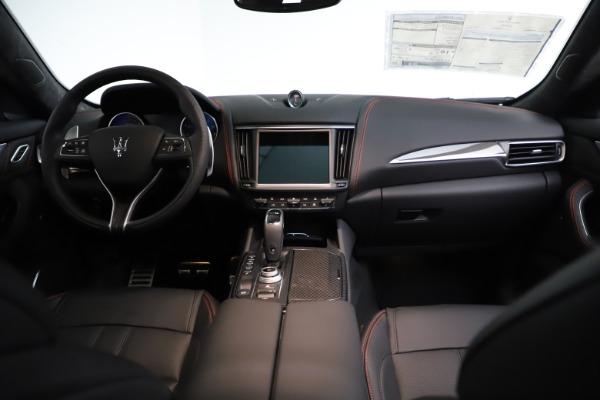 New 2021 Maserati Levante GTS for sale $135,485 at Alfa Romeo of Greenwich in Greenwich CT 06830 17