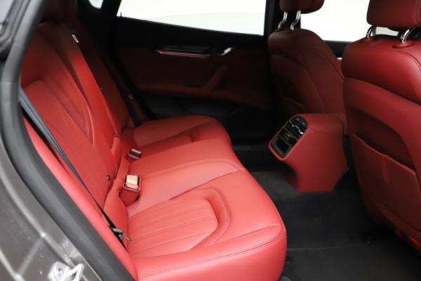 New 2021 Maserati Quattroporte S Q4 GranLusso for sale $122,435 at Alfa Romeo of Greenwich in Greenwich CT 06830 24