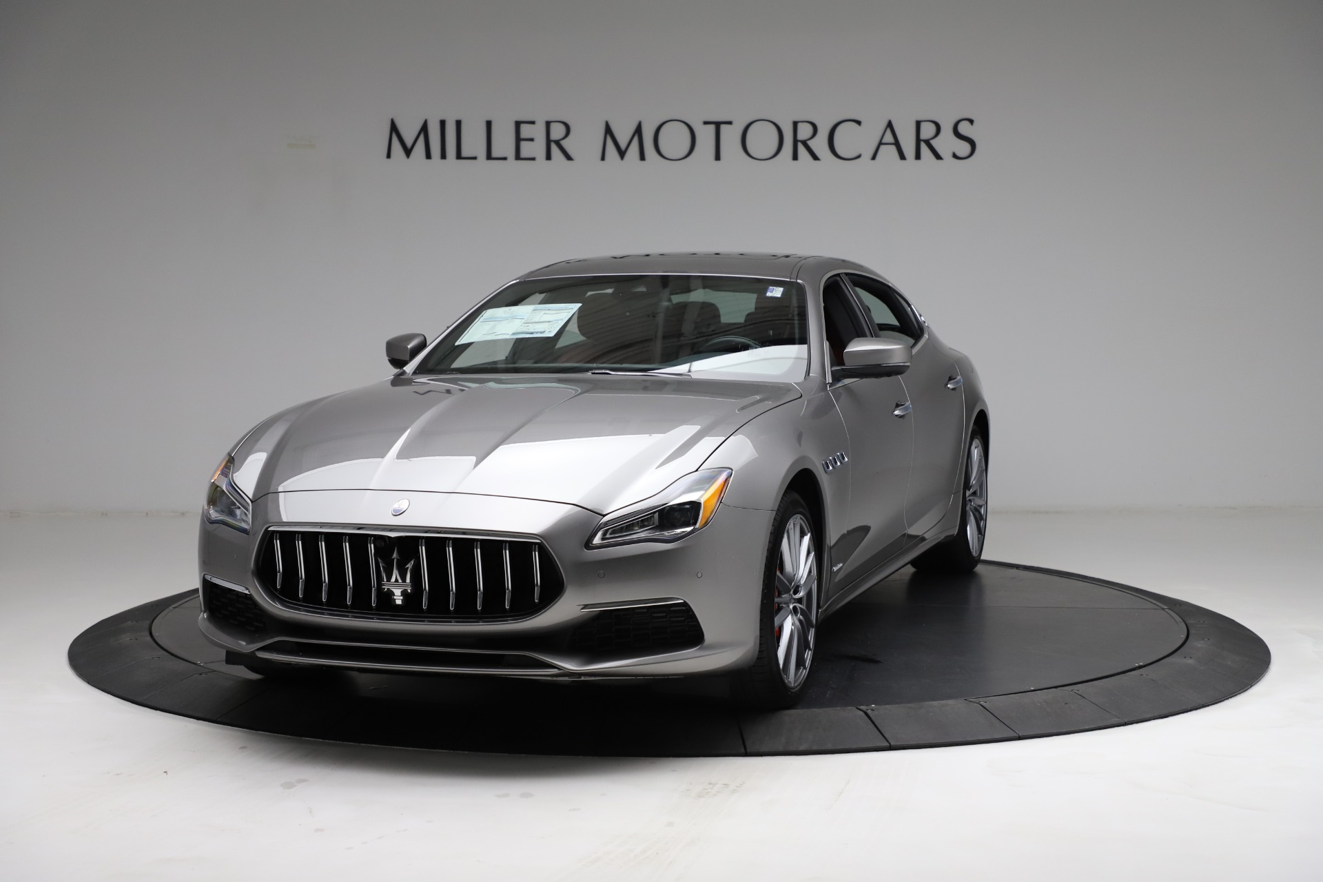 New 2021 Maserati Quattroporte S Q4 GranLusso for sale $122,435 at Alfa Romeo of Greenwich in Greenwich CT 06830 1