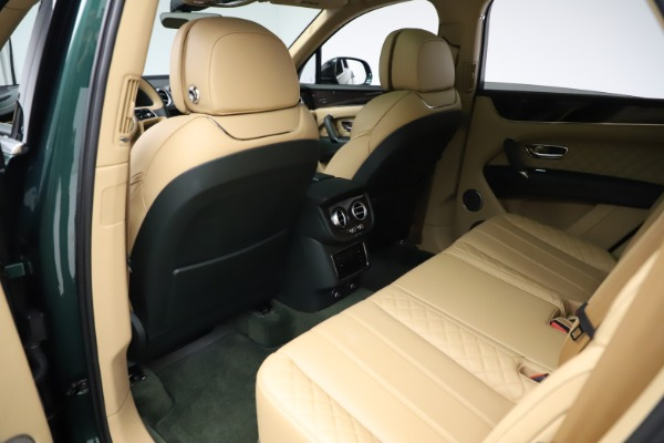 Used 2018 Bentley Bentayga W12 Signature for sale $159,900 at Alfa Romeo of Greenwich in Greenwich CT 06830 20