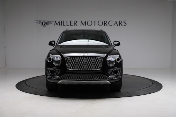 Used 2018 Bentley Bentayga W12 Signature for sale $159,900 at Alfa Romeo of Greenwich in Greenwich CT 06830 13