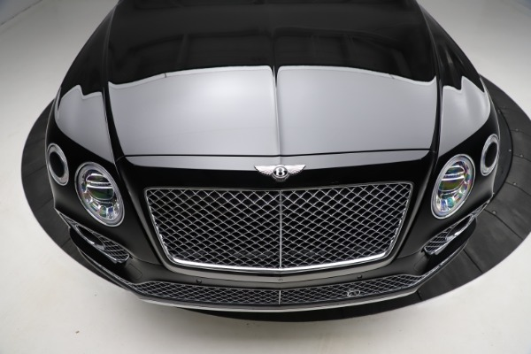 Used 2018 Bentley Bentayga W12 Signature for sale $159,900 at Alfa Romeo of Greenwich in Greenwich CT 06830 14