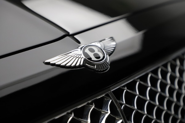 Used 2018 Bentley Bentayga W12 Signature for sale $159,900 at Alfa Romeo of Greenwich in Greenwich CT 06830 15