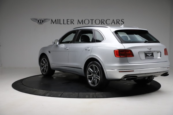 Used 2018 Bentley Bentayga Activity Edition for sale $152,900 at Alfa Romeo of Greenwich in Greenwich CT 06830 5