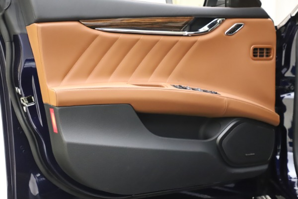 New 2021 Maserati Quattroporte S Q4 GranLusso for sale $123,549 at Alfa Romeo of Greenwich in Greenwich CT 06830 15