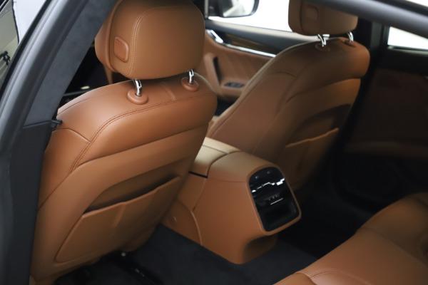 New 2021 Maserati Quattroporte S Q4 GranLusso for sale $123,549 at Alfa Romeo of Greenwich in Greenwich CT 06830 17