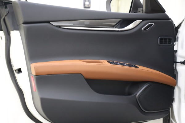 New 2021 Maserati Ghibli S Q4 for sale $85,754 at Alfa Romeo of Greenwich in Greenwich CT 06830 16