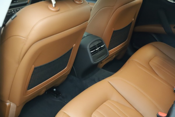 New 2021 Maserati Ghibli S Q4 for sale $85,754 at Alfa Romeo of Greenwich in Greenwich CT 06830 17