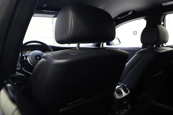 Used 2018 Rolls-Royce Ghost for sale $249,900 at Alfa Romeo of Greenwich in Greenwich CT 06830 18