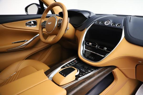 New 2021 Aston Martin DBX for sale $205,386 at Alfa Romeo of Greenwich in Greenwich CT 06830 20