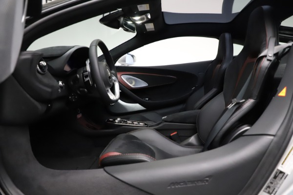 New 2021 McLaren GT Pioneer for sale $214,005 at Alfa Romeo of Greenwich in Greenwich CT 06830 16