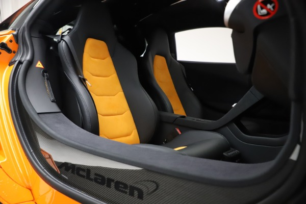 Used 2015 McLaren 650S LeMans for sale $269,990 at Alfa Romeo of Greenwich in Greenwich CT 06830 23