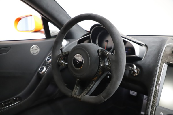 Used 2015 McLaren 650S LeMans for sale $269,990 at Alfa Romeo of Greenwich in Greenwich CT 06830 24