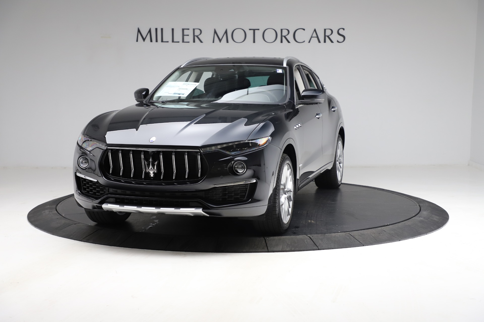 New 2021 Maserati Levante S Q4 GranLusso for sale $100,949 at Alfa Romeo of Greenwich in Greenwich CT 06830 1
