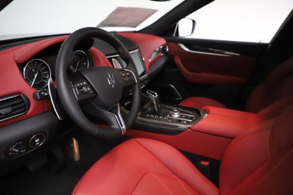 New 2021 Maserati Levante S Q4 GranLusso for sale $105,549 at Alfa Romeo of Greenwich in Greenwich CT 06830 13