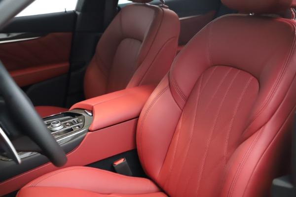 New 2021 Maserati Levante S Q4 GranLusso for sale $105,549 at Alfa Romeo of Greenwich in Greenwich CT 06830 14