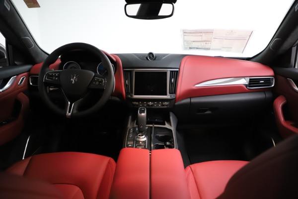 New 2021 Maserati Levante S Q4 GranLusso for sale $105,549 at Alfa Romeo of Greenwich in Greenwich CT 06830 15