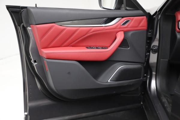 New 2021 Maserati Levante S Q4 GranLusso for sale $105,549 at Alfa Romeo of Greenwich in Greenwich CT 06830 16