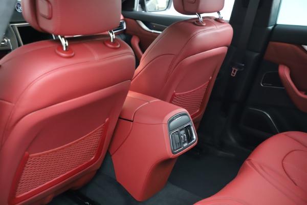 New 2021 Maserati Levante S Q4 GranLusso for sale $105,549 at Alfa Romeo of Greenwich in Greenwich CT 06830 17