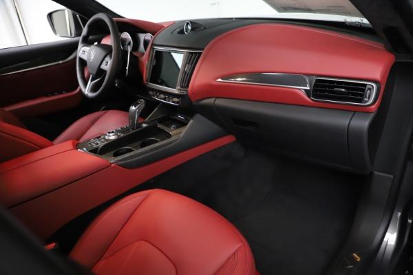 New 2021 Maserati Levante S Q4 GranLusso for sale $105,549 at Alfa Romeo of Greenwich in Greenwich CT 06830 20
