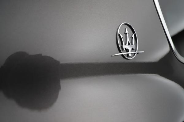 New 2021 Maserati Levante S Q4 GranLusso for sale $105,549 at Alfa Romeo of Greenwich in Greenwich CT 06830 24