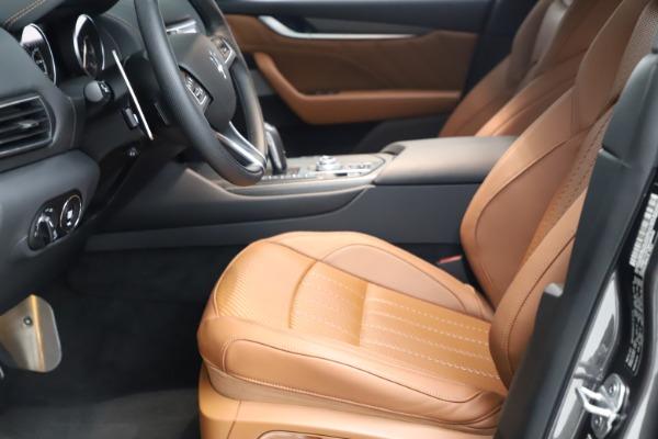 New 2021 Maserati Levante S Q4 GranSport for sale $114,485 at Alfa Romeo of Greenwich in Greenwich CT 06830 14