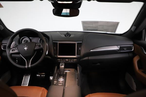 New 2021 Maserati Levante S Q4 GranSport for sale $114,485 at Alfa Romeo of Greenwich in Greenwich CT 06830 16