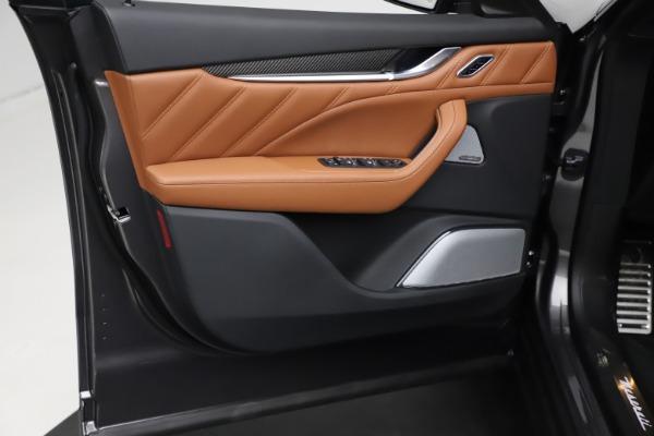 New 2021 Maserati Levante S Q4 GranSport for sale $114,485 at Alfa Romeo of Greenwich in Greenwich CT 06830 17