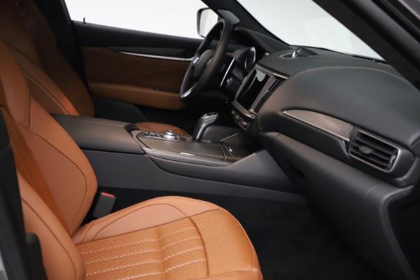 New 2021 Maserati Levante S Q4 GranSport for sale $114,485 at Alfa Romeo of Greenwich in Greenwich CT 06830 19