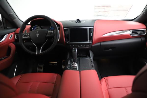 New 2021 Maserati Levante Q4 GranSport for sale $96,235 at Alfa Romeo of Greenwich in Greenwich CT 06830 15