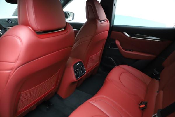 New 2021 Maserati Levante Q4 GranSport for sale $96,235 at Alfa Romeo of Greenwich in Greenwich CT 06830 17
