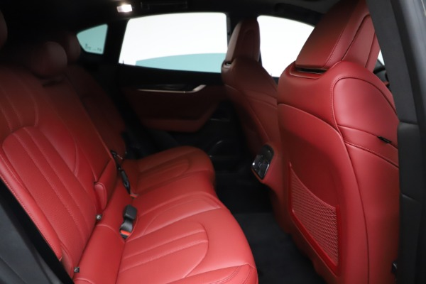 New 2021 Maserati Levante Q4 GranSport for sale $96,235 at Alfa Romeo of Greenwich in Greenwich CT 06830 23