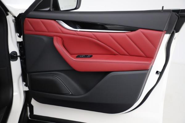 New 2021 Maserati Levante Q4 for sale Call for price at Alfa Romeo of Greenwich in Greenwich CT 06830 22