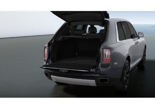 New 2021 Rolls-Royce Cullinan for sale Call for price at Alfa Romeo of Greenwich in Greenwich CT 06830 4