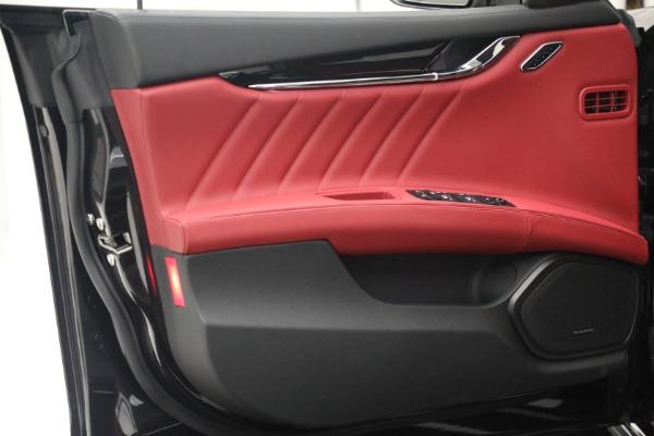 New 2021 Maserati Quattroporte S Q4 for sale $119,589 at Alfa Romeo of Greenwich in Greenwich CT 06830 17