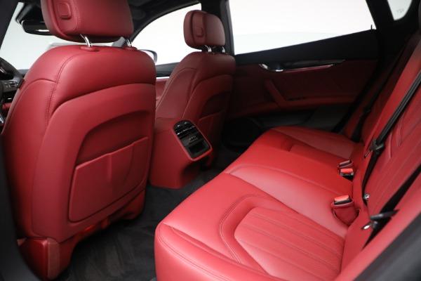 New 2021 Maserati Quattroporte S Q4 for sale $119,589 at Alfa Romeo of Greenwich in Greenwich CT 06830 27