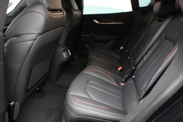 New 2021 Maserati Levante Q4 GranSport for sale $92,735 at Alfa Romeo of Greenwich in Greenwich CT 06830 19