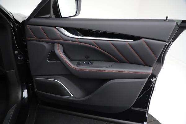 New 2021 Maserati Levante Q4 GranSport for sale $92,735 at Alfa Romeo of Greenwich in Greenwich CT 06830 23