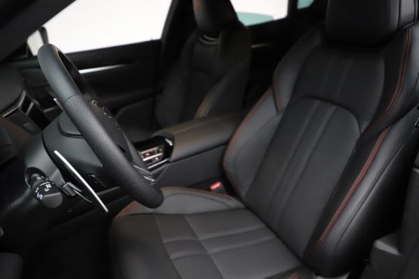 New 2021 Maserati Levante Q4 GranSport for sale $92,735 at Alfa Romeo of Greenwich in Greenwich CT 06830 17