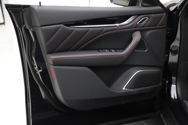 New 2021 Maserati Levante Q4 GranSport for sale $92,735 at Alfa Romeo of Greenwich in Greenwich CT 06830 18